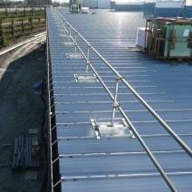 折板屋根用支柱
