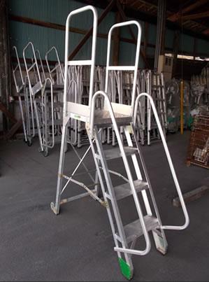 手摺付作業用踏台
